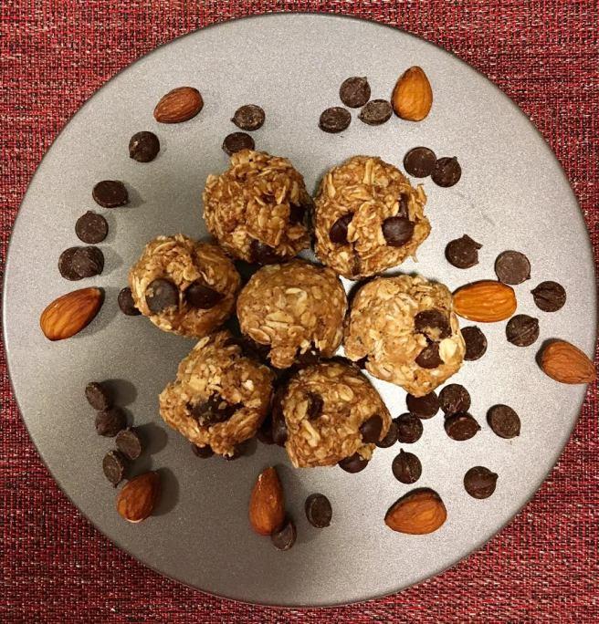 almond balls 1